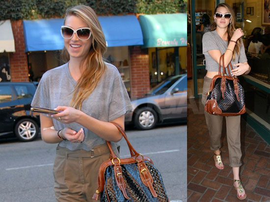 2cff29883601426a_102808-Whitney-Port