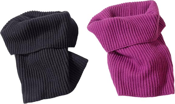 warm_welcome_turtleneck_scarf_FPO