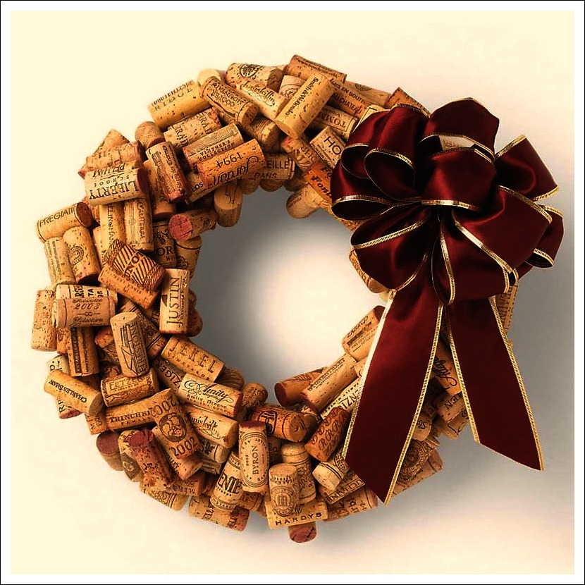 Cork Wreath: Winter Craft Idea: Drink Wine & Make A Wreath