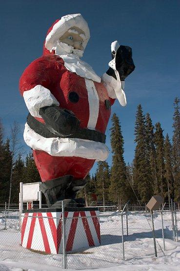 Travel Spotting: Santa Claus House in North Pole, Alaska ...