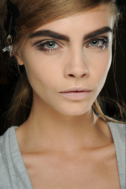 How To Get Cara Delevingnes Eyebrows