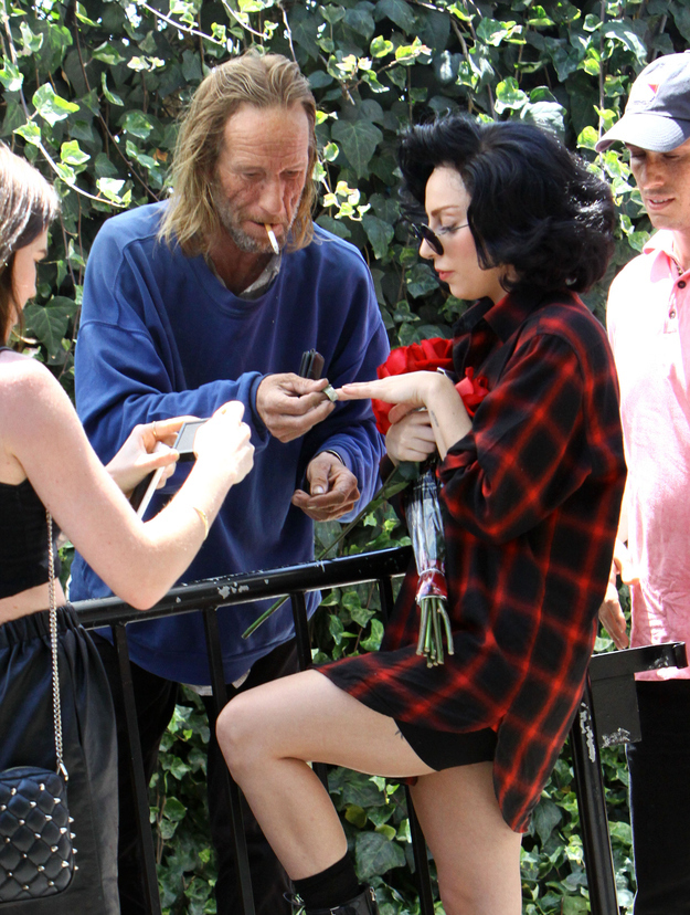 Gaga and a homeless man