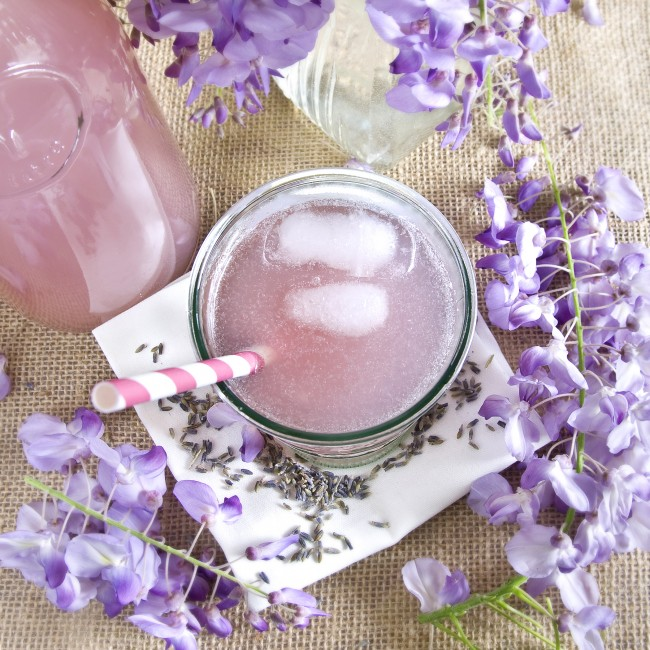 how to make lavender water to drink