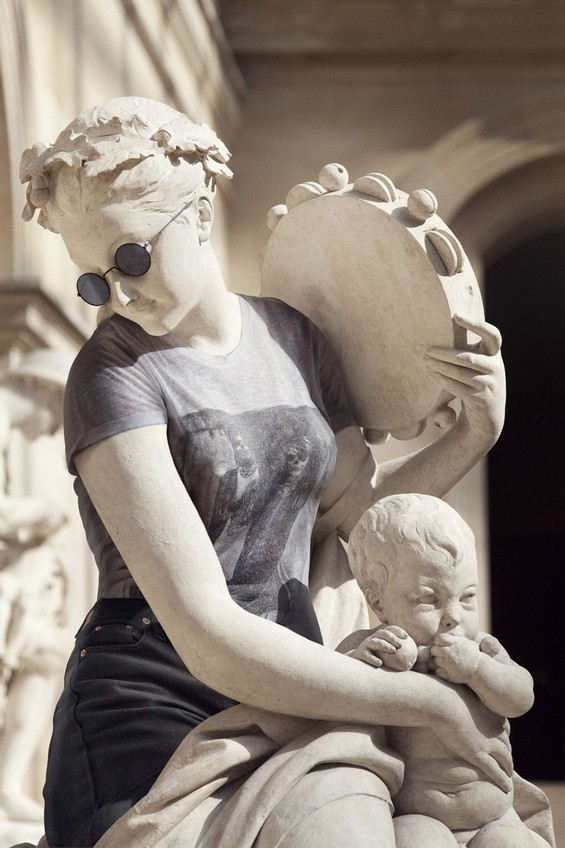 classical sculptures hipsters