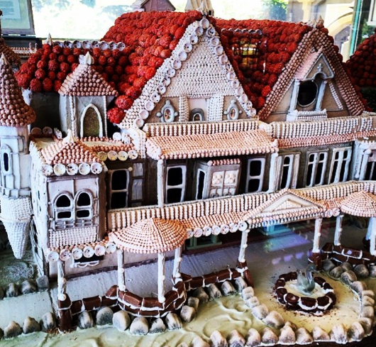 beautiful gingerbread houses