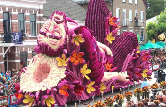 zundert flower parade