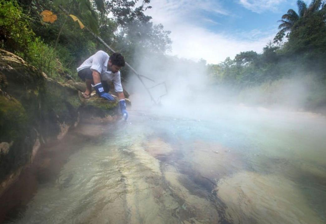 boiling river peru