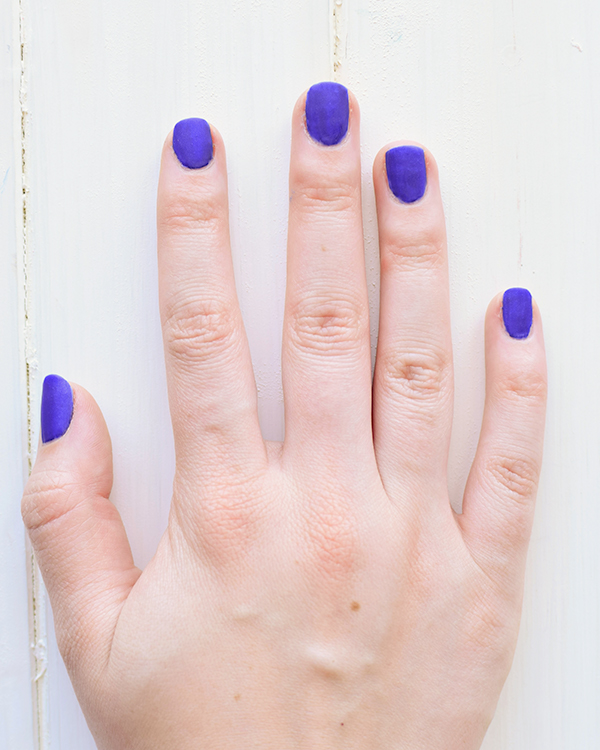 How to DIY Matte Nail Polish | The Luxury Spot