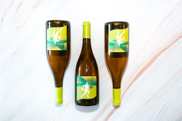 best gifts for women in their 20s, fitvine chardonnay