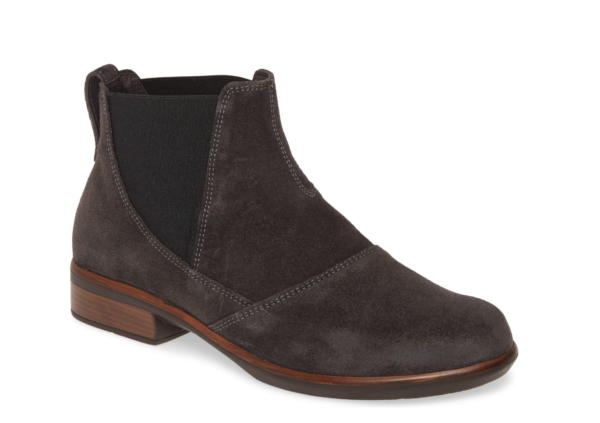 best christmas gifts for women in their 20s, naot ruzgar chelsea booties
